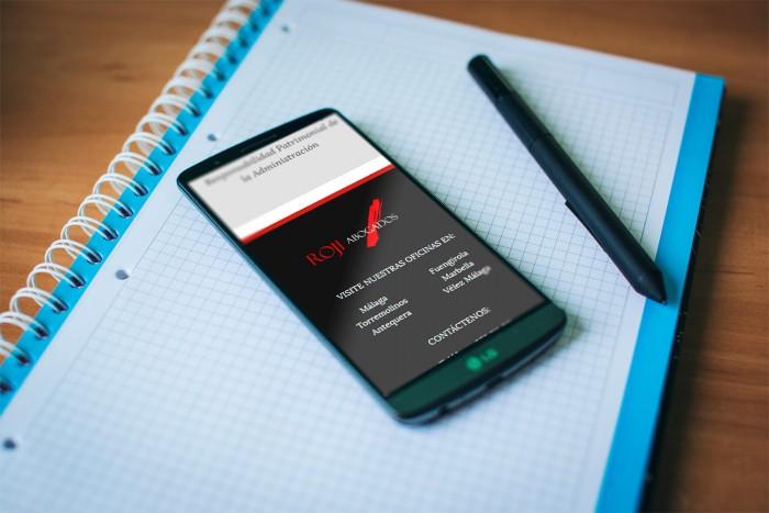Web Roji Abogados en smartphone